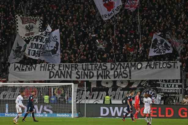 Banner in ganz Deutschland! Das halten die Fußballfans von der Razzia bei Dynamo