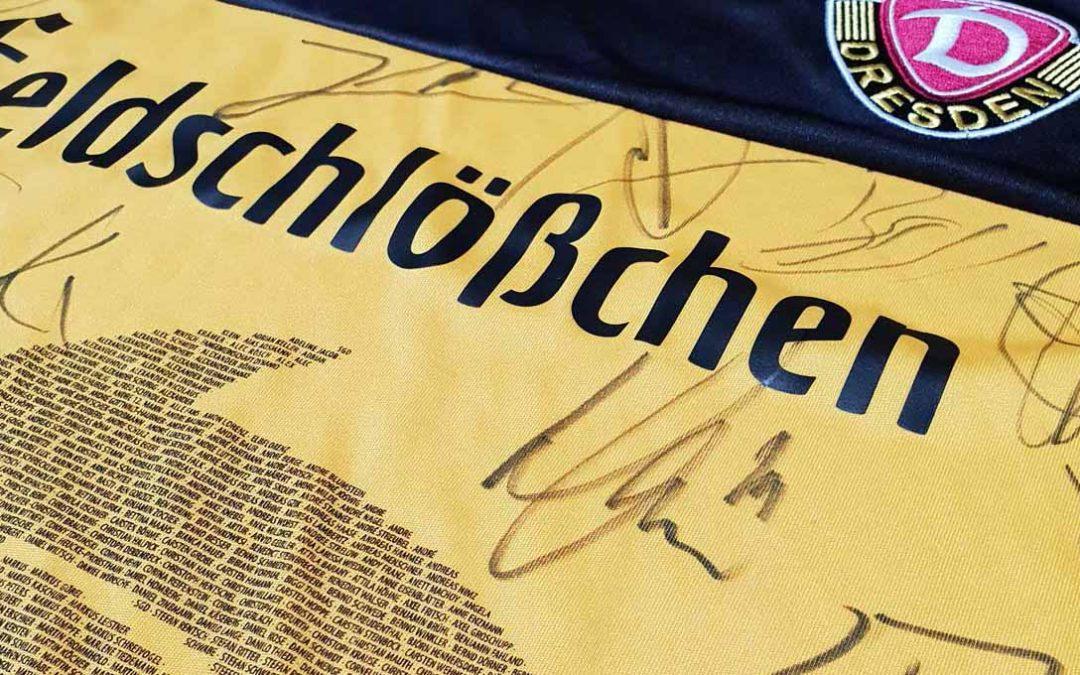 Fangemeinschaft Dynamo versteigert signiertes Sondertrikot